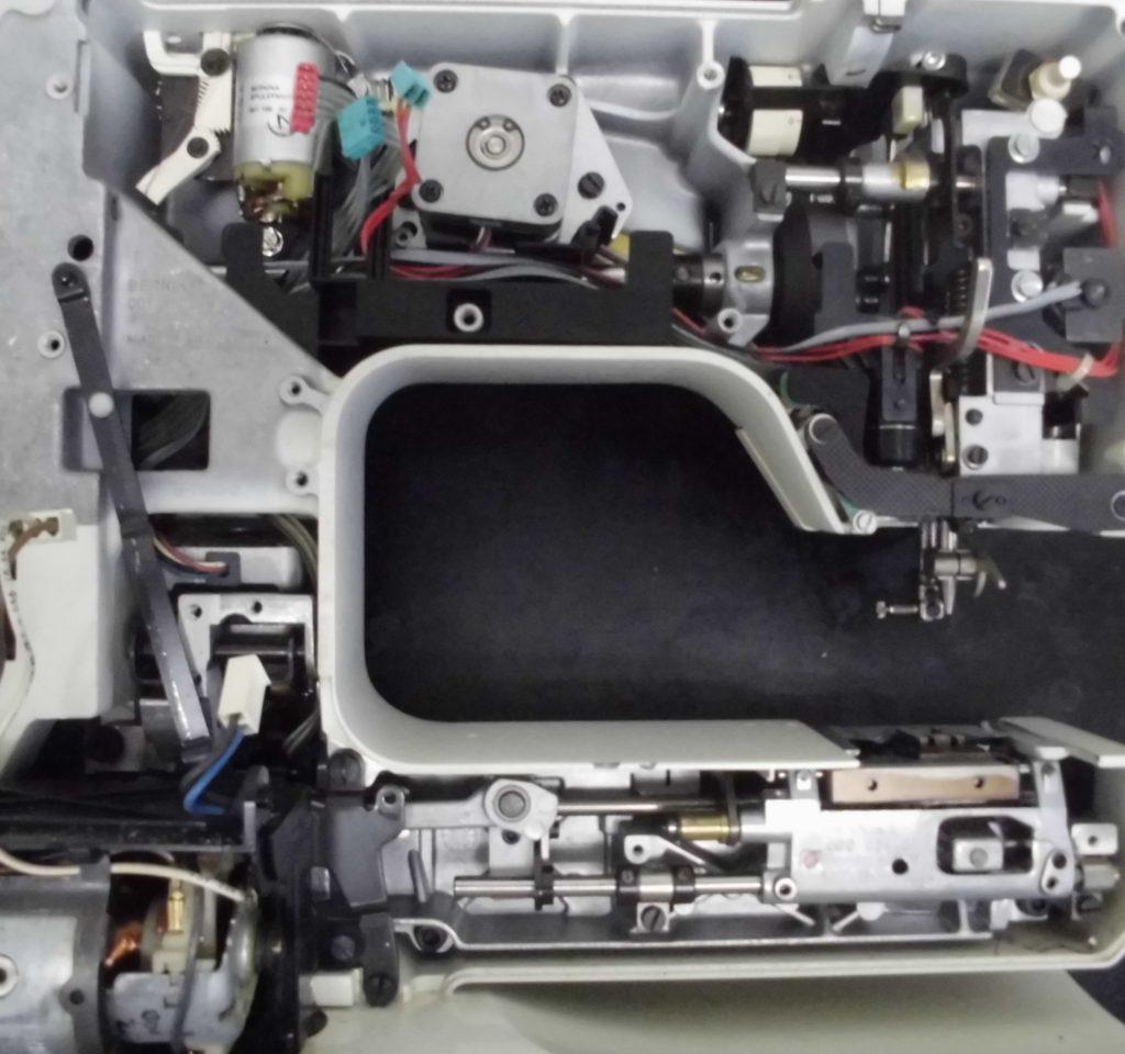ホリデーヌ1240の分解オーバーホールメンテナンス修理 リッカーミシン