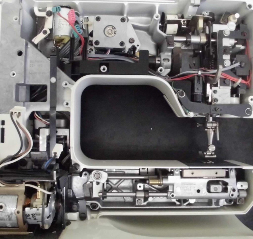 RCM1230の分解オーバーホールメンテナンス修理|ベルニナミシン修理