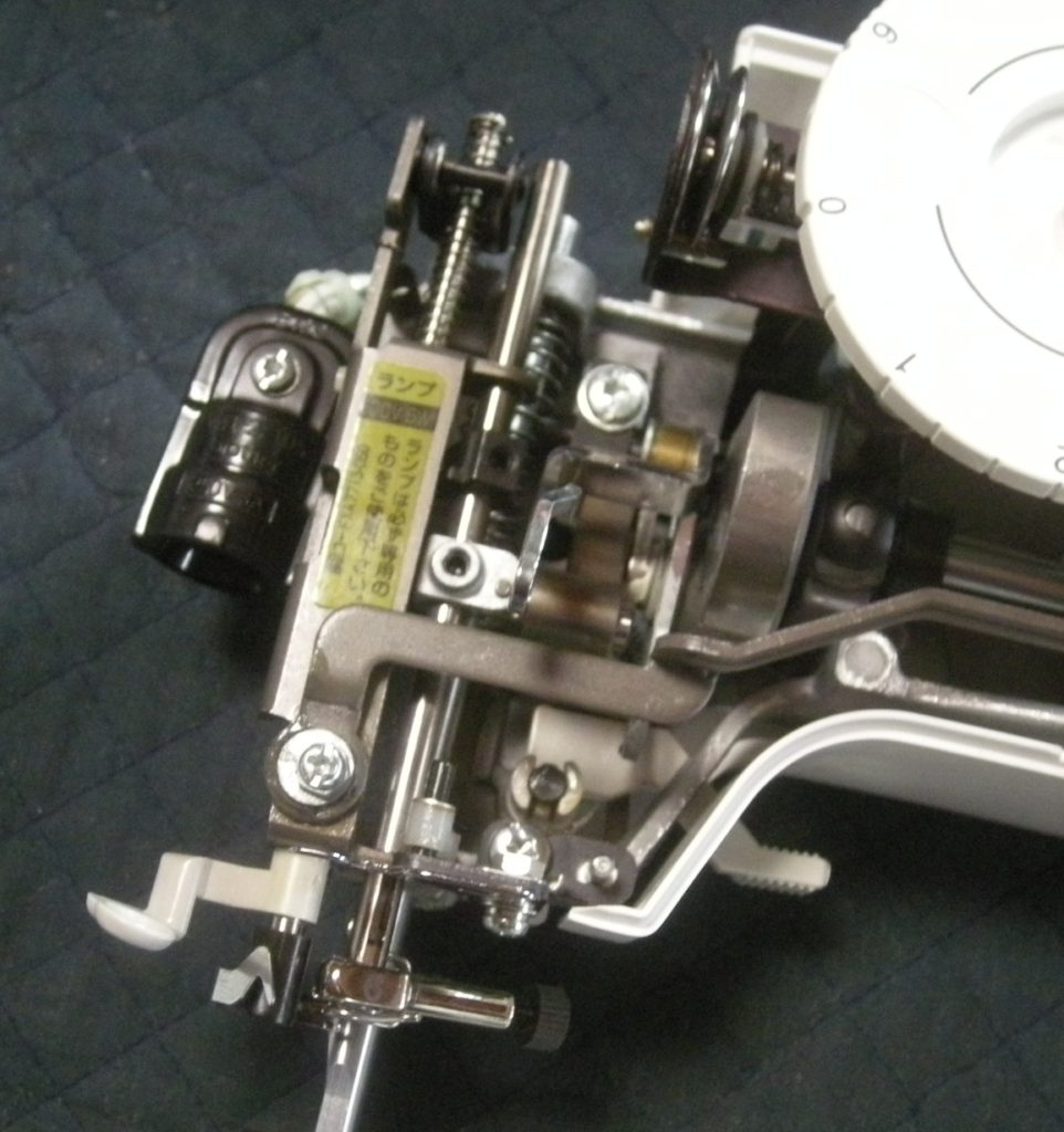 EL115の故障や不具合|針がぐらつく、縫えない、布を貫通しない