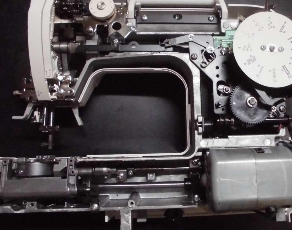 SI-30の分解オーバーホールメンテナンス修理(SINGERミシン|エリー)