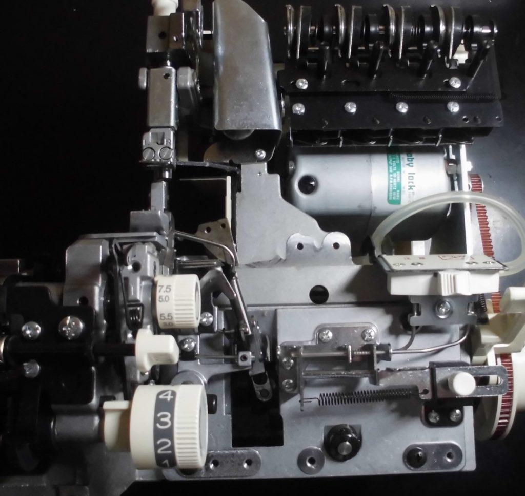 衣縫人(PROLINE4BUNKA)の分解オーバーホールメンテナンス修理|(株)ジューキbabylockミシン