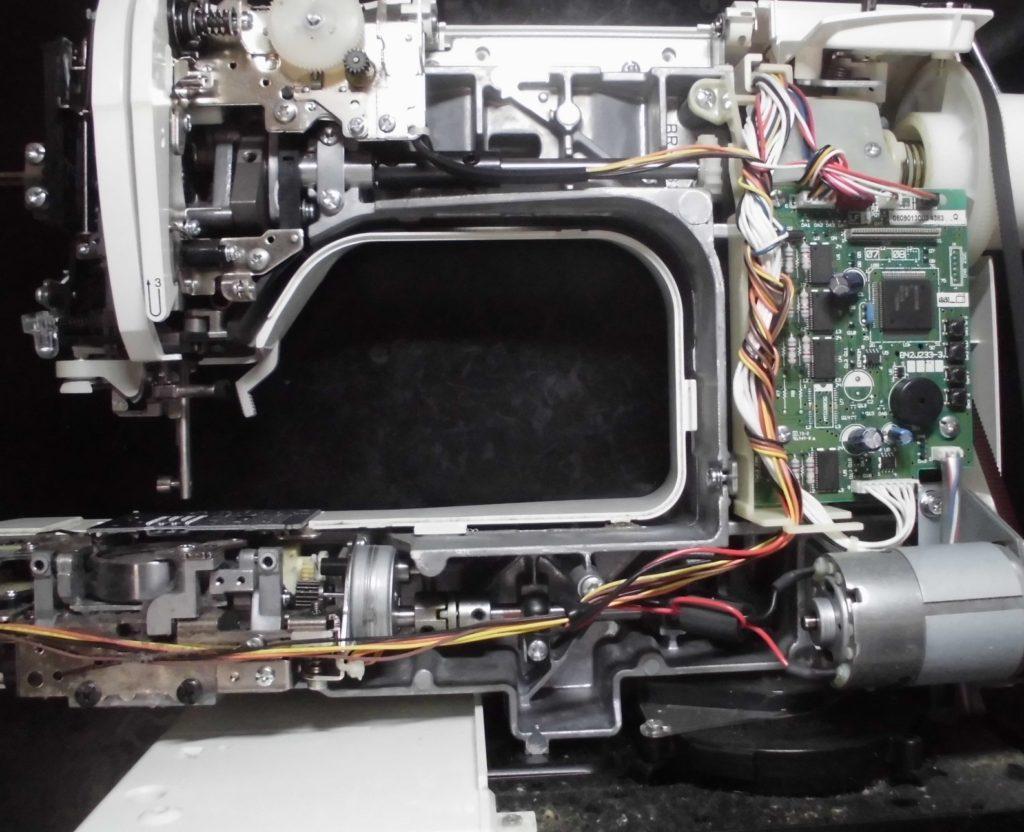 ブラザーミシンPC-8000の分解オーバーホールメンテナンス修理 CPS54