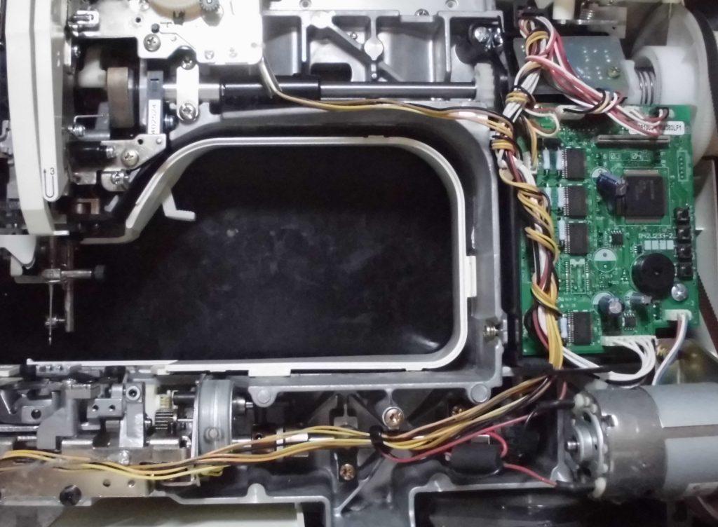 PC-8000の分解オーバーホールメンテナンス修理 ブラザーミシン修理