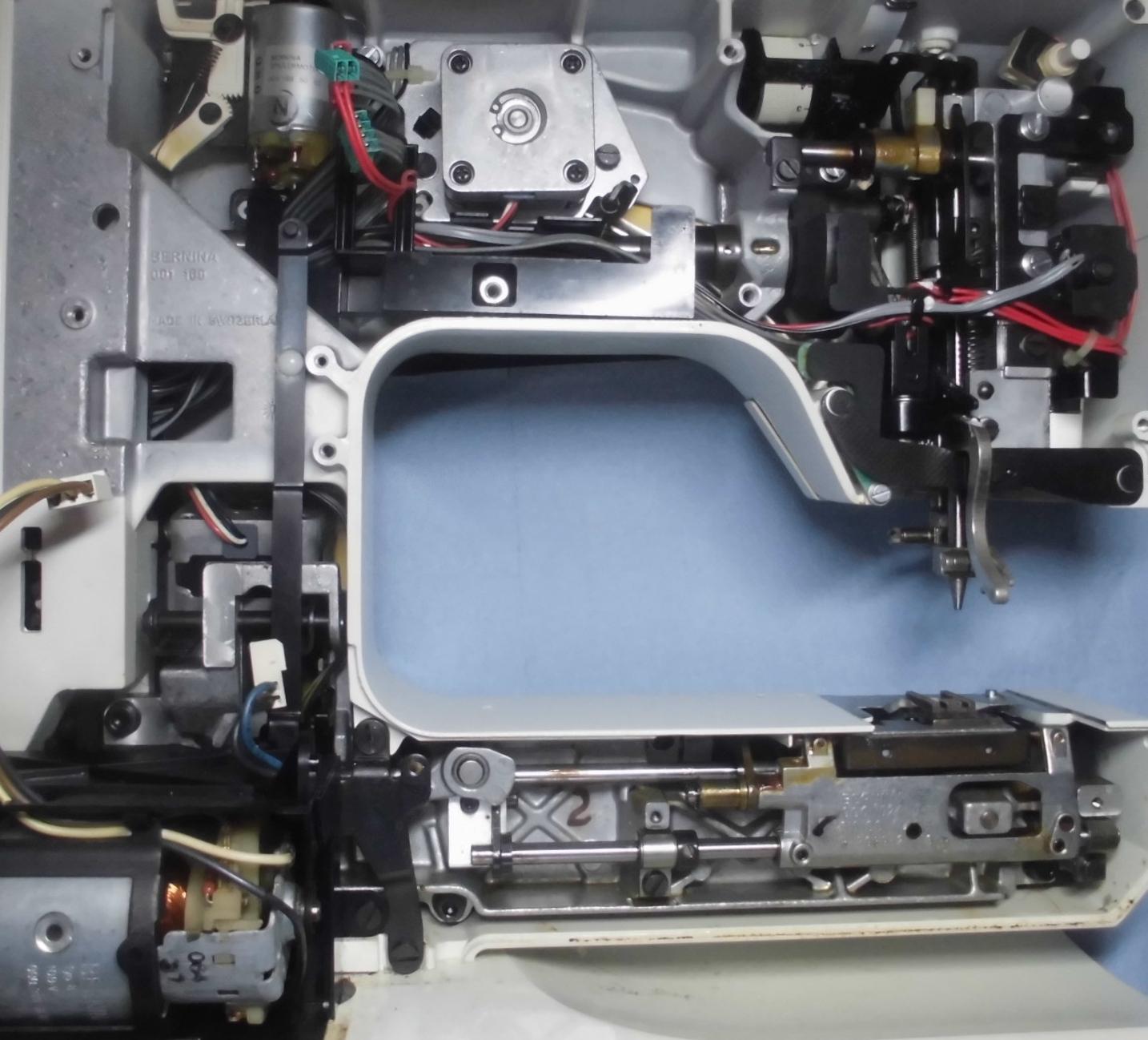 ホリデーヌ1240の分解オーバーホールメンテナンス|ベルニナミシン・リッカーミシン