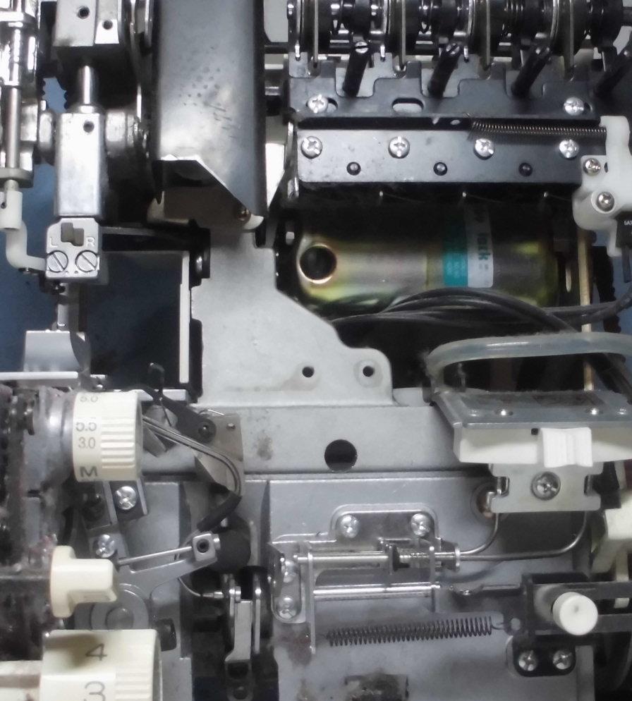 BL550sの分解オーバーホールメンテナンス|ジューキベビーロックミシン(衣縫人シリーズ)