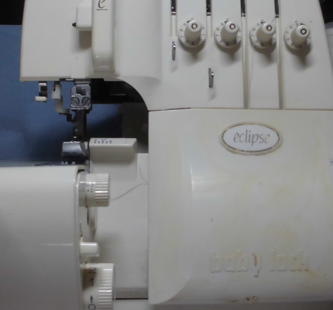 衣縫人eclipseのロックミシン修理|エアスルーで糸が通らない、縫えない、糸調子不良