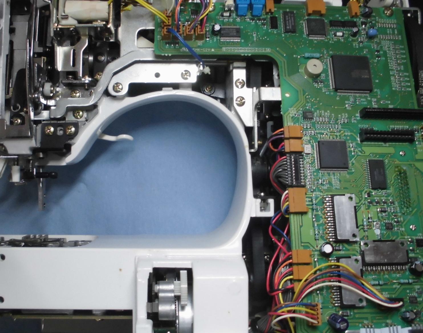 HZL-008Nの分解オーバーホールメンテナンス修理|ジューキミシン